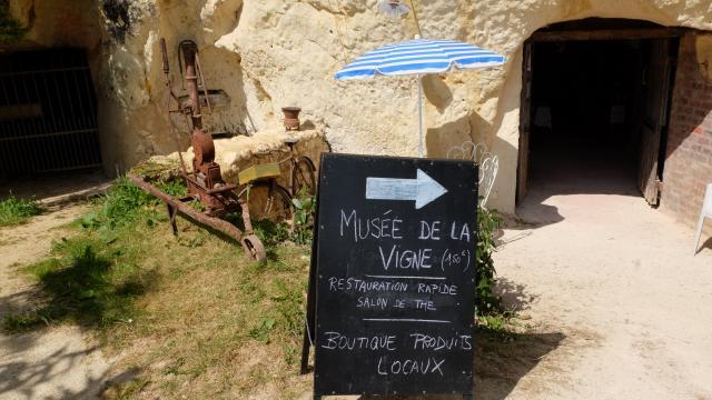 Cave Du Vigneron à Trôo