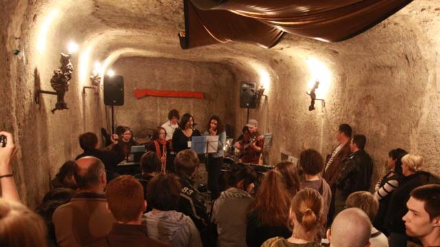 Concert dans une cave - Gare à la Rochette à Thoré-la-Rochette