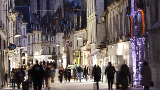 Commerces rue du Change à Vendôme