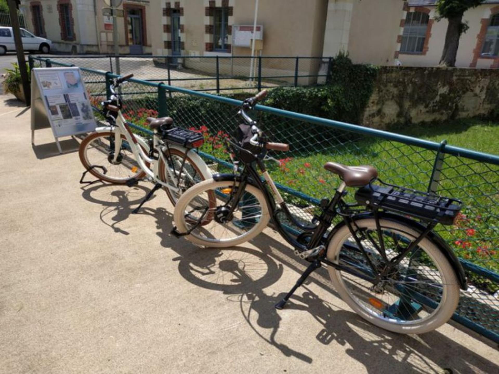 Abri Vélo Pas Cher à vélo | office de tourisme de vendôme