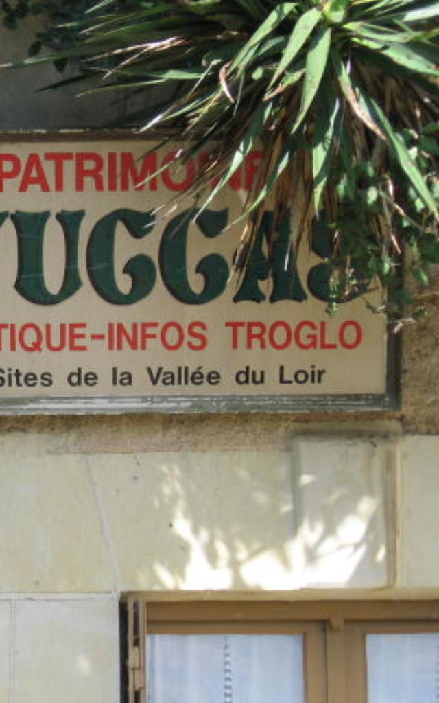 Façade de la Cave Yuccas à Trôo